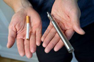 Как бросить курить сигареты и начать выпаривать